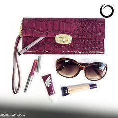 Viernes de ¿qué traes en tu bolsa? Enséñanos cuáles productos de #OriflameTheOne traes en tu bolsa usando #OriflameEnMiBolsa.