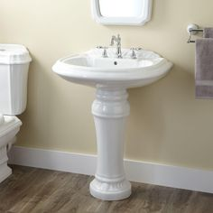 Superieur Julian Pedestal Sink