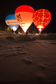 Hot Air Balloons in Lahti Finland, in Winter! Brr! #Finland #Lahti
