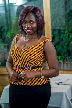WanDiscovery : Carole Teje, Créatrice de mode - Cameroun   Je ... African Wear Dresses, Latest African Fashion Dresses, African Print Fashion, African Attire, Ankara Blouse, African Tops, Curvy Women Fashion, Camisoles, Recherche Google