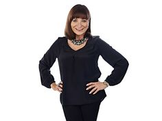 It's like coming home, says Jeanne Beker about her return to TV on November 16. The eminent Canadian fashion journalist is launching a capsule collection exclusive to The Shopping Channel™, which will include must-have fashion basics, from the classic LBD (little black dress) to figure-flattering jeans, as well as accessories, such as stylish sunglasses and chic leather gloves.