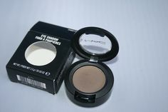 MAC eyeshadow Coquette. Recommended to be used on eyebrows of girls with dark brown/black hair. Eyebrows should be 2 shades lighter than hair if hair is dark.