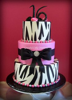 Hot Pink and Zebra Print Sweet Sixteen Birthday Cake - very pretty. By Graceful Cake Creations Zebra Birthday Cakes, 21st Birthday Cake For Girls, 16th Birthday, Pink Birthday, Pretty Cakes, Beautiful Cakes, Amazing Cakes, Sweet Sixteen Cakes, Sweet 16 Cakes