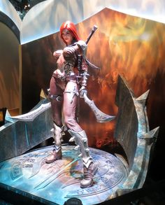 Katarina-statue-league-of-legends-PAX-East-2013.png (1200×1491)