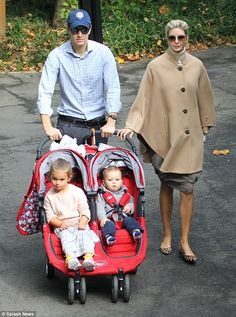 Class act: Ivanka Trump showed off her wedded bliss as she strolled through Central Park w... vogue.com.au