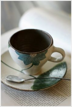 what a calming cup of tea this would be  #Ceramic #Pottery