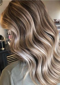 Searching for best hair colors to show off in this year? Just visit here and see so many fantastic shades of dimensional balayage hair colors with amazing highlights for long hair to flaunt in year Long Hair Highlights, Balayage Highlights, Hair Color Balayage, Blonde Balayage, Hair Makeup, Makeup Salon, Makeup Studio, Dress Makeup, Ash Blonde Hair
