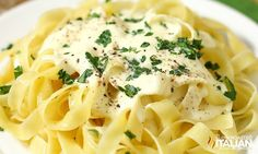 Olive Garden Copycat Alfredo Sauce (NEW VIDEO)