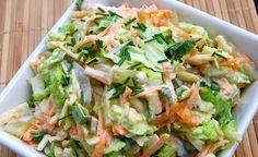 Najlepsze surówki z kapusty pekińskiej robi moja mama :) Postanowiłam podpatrzeć ją w kuchni i zrobiłam też taką surówkę. Polecam! Surówka... Easy Chicken Recipes, Asian Recipes, Ethnic Recipes, Vegetarian Recipes, Cooking Recipes, Healthy Recipes, Chinese Cabbage Salad, Healthy Salads, Healthy Eating