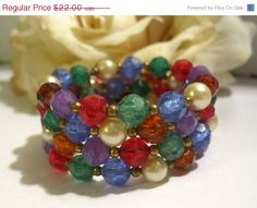 ON SALE Vintage Memory Wire Wrap Bracelet by Sisters2Vintage