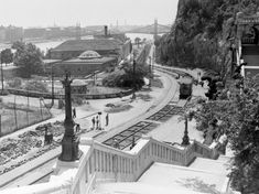 Ilyen is volt Budapest - Döbrentei tér Old Pictures, Old Photos, Schengen Area, Capital Of Hungary, Most Beautiful Cities, Budapest Hungary, Historical Photos, Romania, History