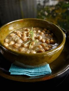 Legumes Recipe, Greek Cooking, Greek Recipes, Kitchen Recipes, Chana Masala, Salads, Beans, Food And Drink, Easy Meals