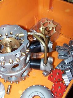 Building a Hodgson Radial 18 Engine