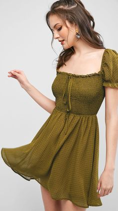 Olive vintage Summer dress casual holiday sundress Style: Fashion Occasion: Casual ,Day Material: Polyester Silhouette: A-Line Dresses Length: Mini Collar-line: Square Collar Sleeves Length: Short Sleeves Pattern Type: Polka Dot Season: Summer Vintage Summer Dresses, Casual Summer Dresses, Short Dresses, Dress Casual, Mode Outfits, Dress Outfits, Fashion Dresses, Look Boho, Classy Dress