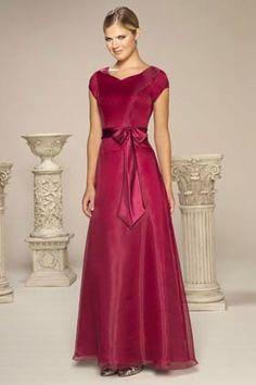 0d1023e28f Long elegant bridesmaid dress Elegant Bridesmaid Dresses