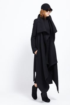 Ann Demeulemeester Cybelle Coat (Black) #zalandoloungeshowroom @Zalando International International International Lounge Couture Fashion, Runway Fashion, Womens Fashion, All Black Outfit, Black Outfits, New Outfits, Fashion Outfits, Ann Demeulemeester, Chic