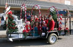Small And Simple Christmas Parade Float Idea This Was The Madison Danville Jaycees In 2017