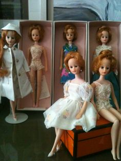 Brenda Starr dolls, 925, 900, 910, 920, unknown stock #, 900 (new girl) Orange box courtesy of Hermes Collection of JP Patrick