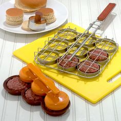 Mini-Hamburger Slider Set / Cost Plus World Market >>  #WorldMarket Movie Night Giveaway Sweepstakes - http://sweeps.piqora.com/worldmarket