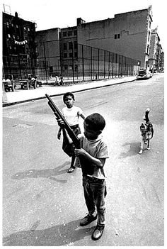 Photography Discover Boy and gun Bronx New York City La Haine Film, Jamel Shabazz, Arte Hip Hop, Photos Originales, Photo Portrait, Thug Life, Gangsters, Street Photography, Black And White Photography