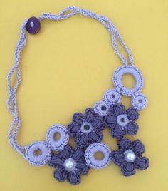 Fafù Factory: Wild crochet.. Collana fiori viola