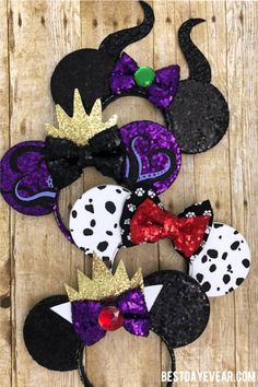 These Disney Villain Mouse Ears are perfect for your next Disney Family Vacation. Disney Diy, Diy Disney Ears, Disney Minnie Mouse Ears, Disney Crafts, Disney Magic, Disney Villain Shirt, Disney Villains, Disney Villain Costumes, Cruella Deville