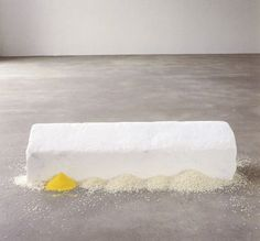 Wolfgang Laib, Ricehouse, White marble, rice, pollen from hazelnut Contemporary Sculpture, Contemporary Artists, Wolfgang Laib, Installation Art, Art Installations, Action Painting, Environmental Art, Artist Art, E Design