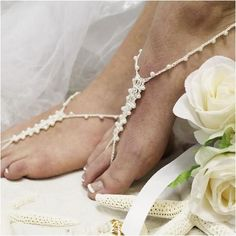 1667be74644ccb 62 Best beach wedding foot jewelry images