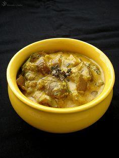 Baklazany v kesu omacke s vonou senovky greckej / Brinjal in cashew gravy with methi leaves