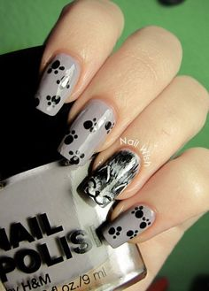 Black cat nail art - light grey base with cute black paw prints and pussy cat kitten accent nail (dotting tool and brush required) #animal