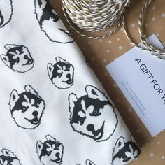 Baby Items For Dog Lovers (@monofaces) • Instagram photos and videos Gifts For New Parents, Parent Gifts, Swaddle Blanket, Baby Items, Blankets, Dog Lovers, Husky, Gift Ideas, Photo And Video