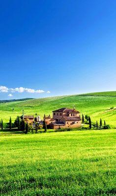 Mia Bella Italia — expression-venusia:   Tuscany landscape dazzling...