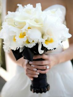 {Ultra Posh Bride's Bouquet Which Showcases: White Calla Lilies & White/Yellow Cattleya Orchids} White Wedding Bouquets, Yellow Wedding, Bride Bouquets, Bridesmaid Bouquet, Floral Wedding, Wedding Flowers, Dream Wedding, Wedding Day, Gold Wedding