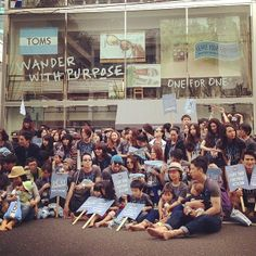 TOMS fans all over the world marched for One Day #WithoutShoes
