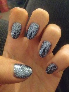 CND shellac rockstar manicure in a gorgeous gun metal grey glitter