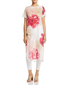 Calvin Klein Long Floral Print Tunic In Rose Multi Calvin Klein, Pretty Outfits, Beautiful Outfits, Boho Fashion, Fashion Outfits, Abaya Fashion, Short Sleeve Tunic Tops, Tunics Online, Relaxed Outfit