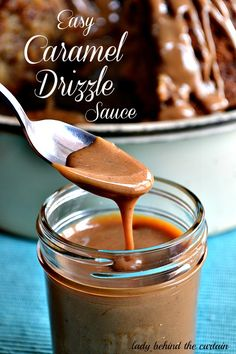 Easy Caramel Drizzle Sauce: Yummy on brown sugar pound cake