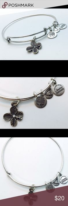 """Alex and Ani Lucky Clover EWB RS New without Tags!!                                                                                               Pictures by me!                                                                               ALEX AND ANI products are proudly designed&crafted in America&made with love. ALEX AND ANI products are infused with positive energy. Ancients referred to this precious energy as """"chi"""" & """"prana,"""" whereas modern science refers to it as vital force. It is…"""