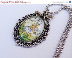 Süße Halskette mit Elfe Fantasy Halskette von Schmucktruhe auf Etsy, €14.85