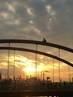Bild des Tages... ZEIT: Elbvertiefung... 28.03.2017... Hamburger Hafen...