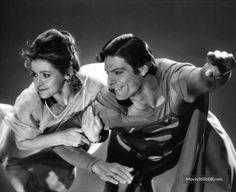 "Actrița Margot Kidder, interpreta lui Lois Lane din ""Superman"", a murit Superman And Lois Lane, Superman Art, Superman Movies, Sci Fi Movies, Batman, Christopher Reeve Superman, Flying Together, Historia Universal, Marlon Brando"