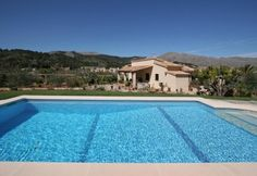 This two bedroom villa allocated in the outskirts of Pollensa near the Puig de Maria is one of the newest properties we offer. It has very beautiful views, since the customer can not only feast his eyes on the stunning presence of the Puig de Maria, but olso over the town of Pollensa. The villa is located near the mainroad therefore is a villa within walking distance to the town centre.  The house has a big lounge and a separate kitchen. The main bedroom has a double bed, and there is a…