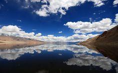 * Lago Tso Moriri * Ladakh, Estado de Jammu and Kashmir. Cool Landscapes, Beautiful Landscapes, Jesus Reyes, Landscape Photography, Travel Photography, Photography Lighting, Photography Gallery, Cloud Photos, Mountain Wallpaper