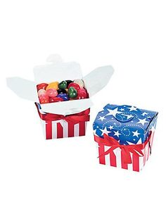 12 Patriotic Take Out Boxes for treats