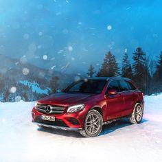 """82.1k Likes, 170 Comments - Mercedes-Benz (@mercedesbenz) on Instagram: """"Let it snow, let it snow, let it snow.  @production.boss for #MBsocialcar #MercedesBenz #Mercedes…"""""""