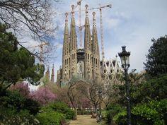 gaudi katedrali vektör