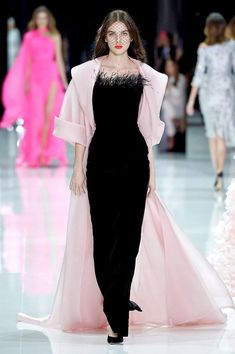 haute couture fashion Archives - Best Fashion Tips Ralph & Russo, Fall Dresses, Elegant Dresses, Couture Dresses, Fashion Dresses, Fashion Design Inspiration, Runway Fashion, Fashion Show, Haute Couture Fashion