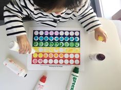 Rainbow @doadotart markers activity - great for colour recognition and motor skills - i was glad she finished this activity and matched colours perfectly... A month ago she used only the blue marker to fill in any colour! We love these and there are tons of free printables on pinterest, find the link to this one on my account.