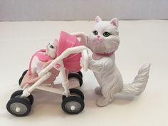 Mattel Barbie Posh Pets Mascotas Cariosas Le Monde des Animaux Baby Cat Stroller