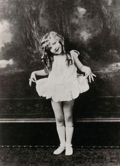 Virginia Davis posing for one of Walt Disney's Alice Comedies (1923).